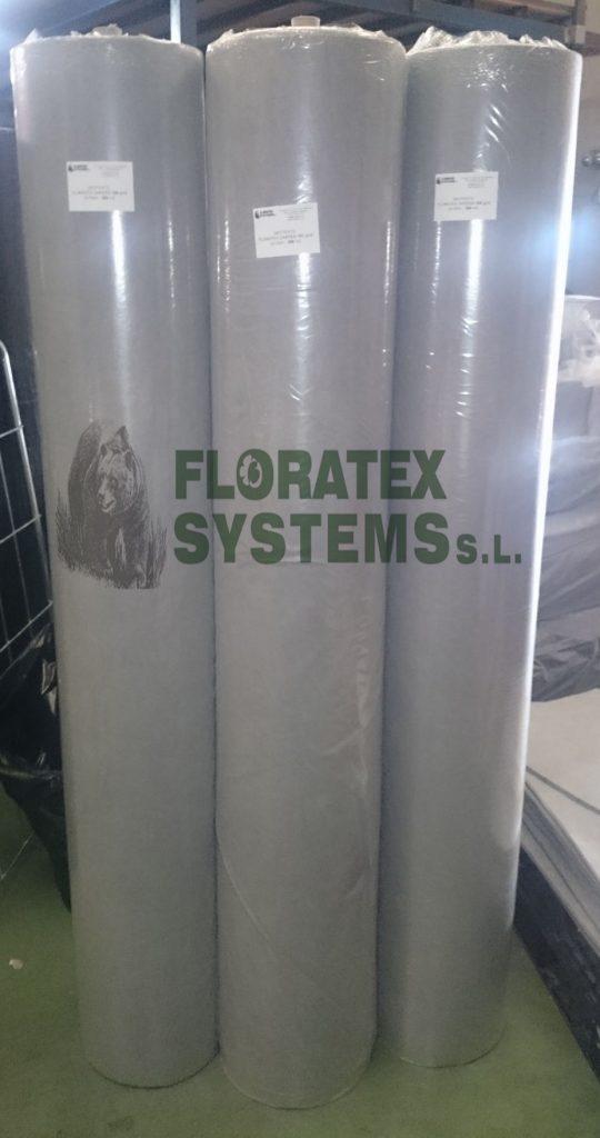 Rollos de geotextil de 300 m2 de fácil manejo listos para servir